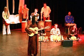 l'association Dalilou à Angers, ateliers danses et percussions africaines